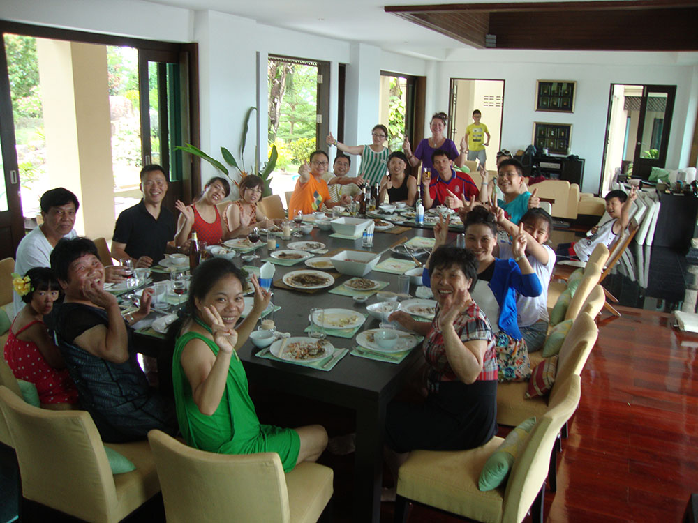 Juliets group from Hong Kong enjoy seafood lunch at samui ridgeway